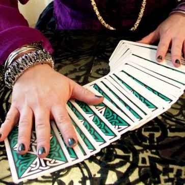 tarot reader in noida